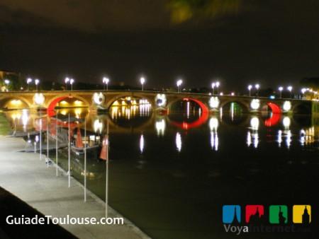 Garona de noche